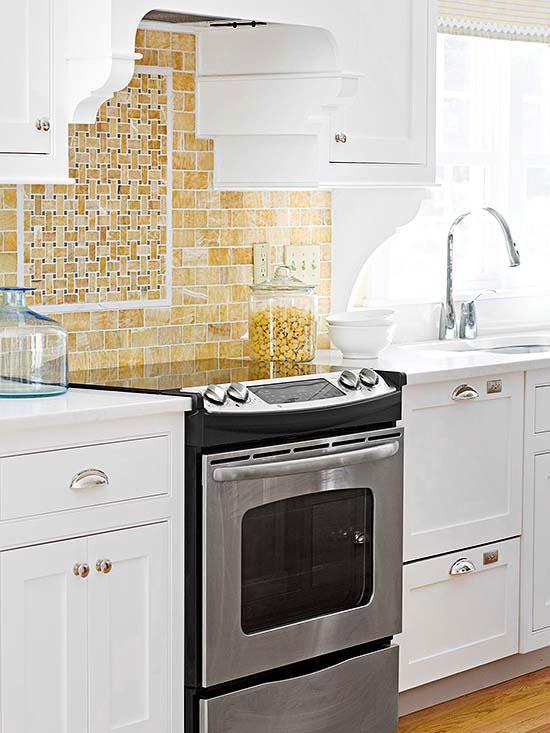 small traditional kitchen ideas from jett holliman kitchen tile ideas